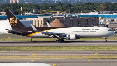 N355UP - Boeing 767-34AF(ER) - United Parcel Service (UPS)