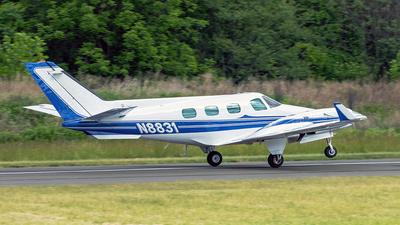 N8831 - Beechcraft B60 Duke - Private