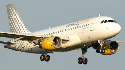 A picture of ECMKV - Airbus A319112 - Vueling - © Jan Seler