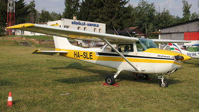 HA-SLE - Cessna 172L Skyhawk - Private