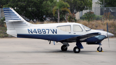N4897W - Rockwell Commander 114 - Private