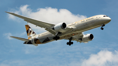 A picture of A6BNA - Boeing 7879 Dreamliner - Etihad Airways - © Arvin L