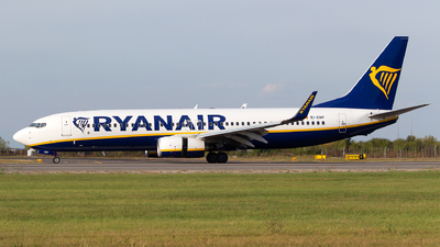 A picture of EIENP - Boeing 7378AS - Ryanair - © Robert Dumitrescu