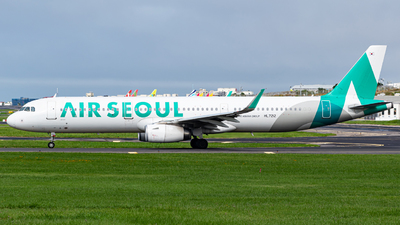 HL7212 - Airbus A321-231 - Air Seoul