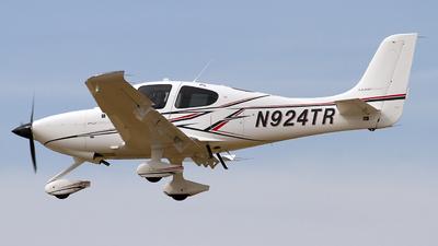N924TR - Cirrus SR20-G6 - Inflight Pilot Training