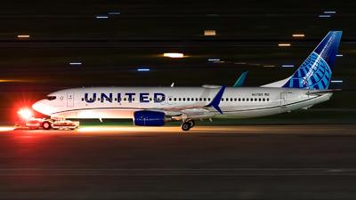 N27213 - Boeing 737-824 - United Airlines