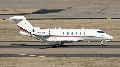 N752QS - Bombardier BD-100-1A10 Challenger 350 - NetJets Aviation