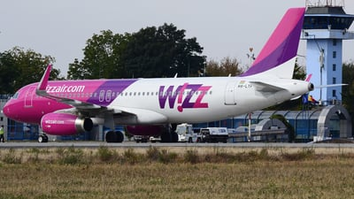 HA-LYP - Airbus A320-232 - Wizz Air