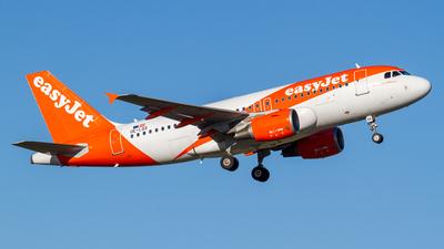 OE-LQX - Airbus A319-111 - easyJet Europe