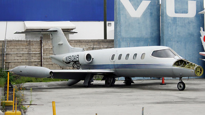 N190AR - Gates Learjet 25B - Private