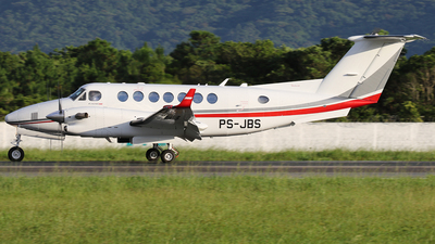 PS-JBS - Beechcraft B300 King Air 350i - Private