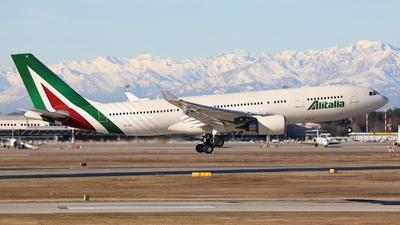 EI-EJI - Airbus A330-202 - Alitalia