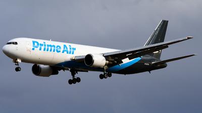 N1327A - Boeing 767-37D(ER)(BDSF) - Amazon Prime Air