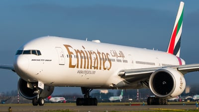 A6-EGT - Boeing 777-31HER - Emirates