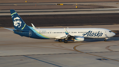A picture of N428AS - Boeing 737990(ER) - Alaska Airlines - © Alexander Aston