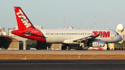 PR-MBQ - Airbus A320-232 - TAM Linhas Aéreas