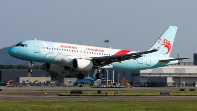 B-8320 - Airbus A320-214 - Loong Air
