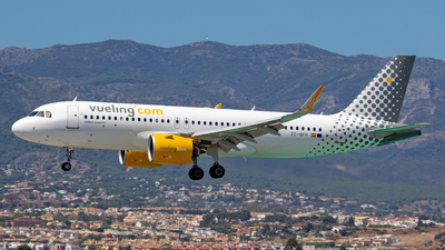 A picture of ECNFH - Airbus A320271N - Vueling - © Mike Barker