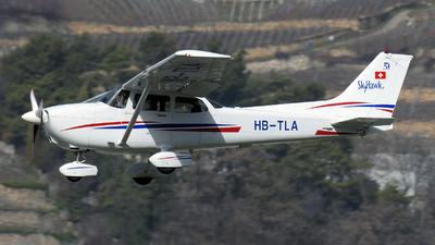 A picture of HBTLA - Cessna 172R Skyhawk II - [17281159] - © Paul Denton