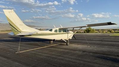 N1864F - Cessna 210F Centurion - Private