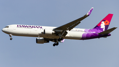 N581HA - Boeing 767-33A(ER) - Hawaiian Airlines