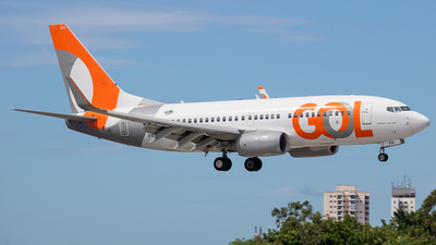 A picture of PRGEQ - Boeing 7377K5 - GOL Linhas Aereas - © fachetti_spotter