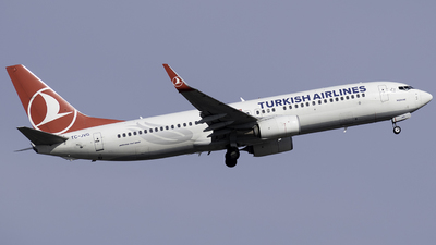 A picture of TCJVG - Boeing 7378F2 - Turkish Airlines - © Taha Berat