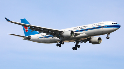 A picture of B6531 - Airbus A330223 - China Southern Airlines - © Nishinomiya