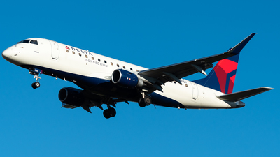 A picture of N280SY - Embraer E175LR - Delta Air Lines - © Nick Sheeder