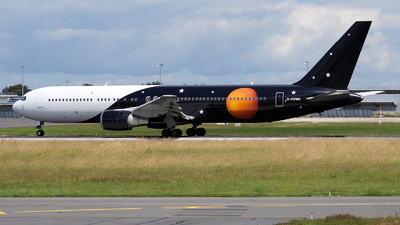 G-POWD - Boeing 767-36N(ER) - Titan Airways