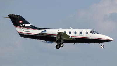 A picture of N438BC - Hawker Beechcraft 400XP - [RK438] - © DJ Reed - OPShots Photo Team