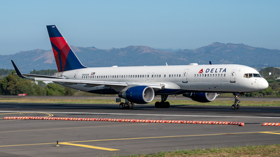A picture of N540US - Boeing 757251 - Delta Air Lines - © Cristian Quijano