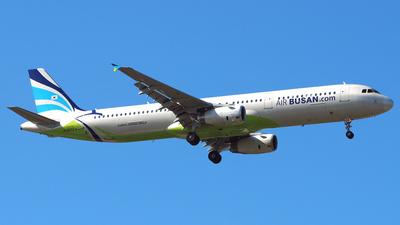 A picture of HL8072 - Airbus A321232 - Air Busan - © Rex Tsai