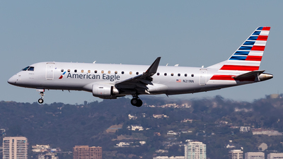 A picture of N211NN - Embraer E175LR - American Airlines - © Brandon Giacomin