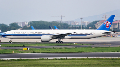 A picture of B2049 - Boeing 77731B(ER) - China Southern Airlines - © Fei Yu