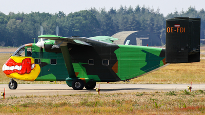 OE-FDI - Short SC-7 Skyvan 3-100 - Pink Aviation