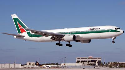 I-DEIG - Boeing 767-33A(ER) - Alitalia