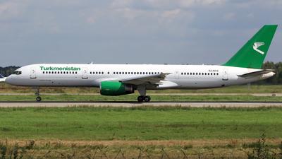 A picture of EZA010 - Boeing 75723A - Turkmenistan Airlines - © Eddie Heisterkamp