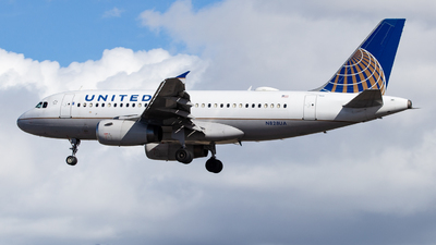 A picture of N828UA - Airbus A319131 - United Airlines - © John Marzo