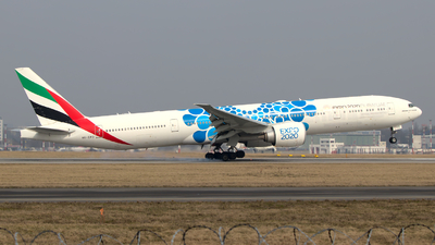 A picture of A6EPD - Boeing 77731H(ER) - Emirates - © wroblik75