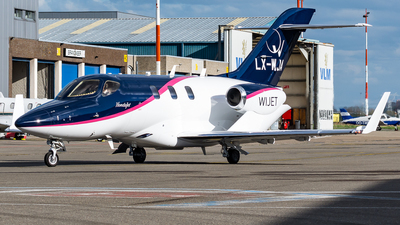 LX-WJA - Honda HA-420 HondaJet - Private