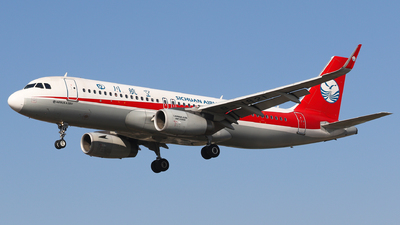B-1821 - Airbus A320-232 - Sichuan Airlines