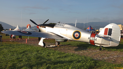 G-CBOE - Hawker Hurricane Mk.IIB - Private