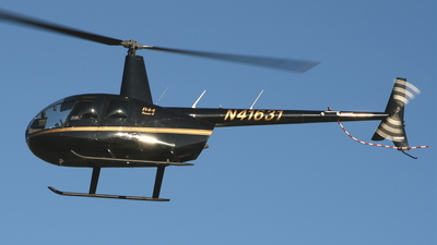 N41631 - Robinson R44 Raven II - Private