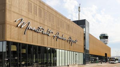 EHBK - Airport - Terminal