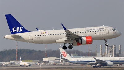 A picture of SEROG - Airbus A320251N - SAS - © Carlo Luigi Tamiazzo