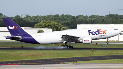 A picture of N653FE - Airbus A300F4605R - FedEx - © Xander Picot