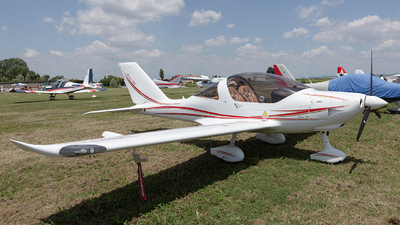 I-B472 - TL Ultralight TL-2000 Sting S4 - Private