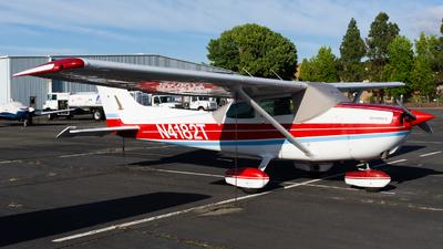 A picture of N4182T - Cessna 172N Skyhawk - [17270319] - © Taylor Kim
