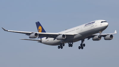A picture of DAIGZ - Airbus A340313 - Lufthansa - © Kevin Schaaser